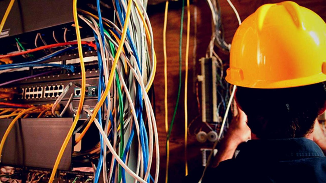 Must Ask Questions before Hiring an Electrician Wollongong